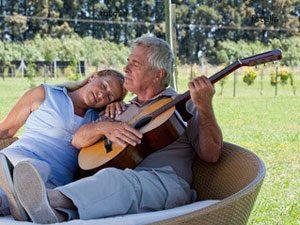 60 ans, trop vieux pour apprendre la guitare ?
