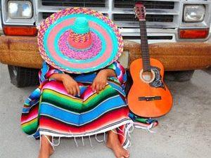 Jouer de la guitare, un travail de feignant !