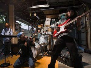 Les 7 secrets pour jouer de la guitare en groupe