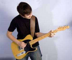 comment apprendre la guitare en autodidacte instinct guitare. Black Bedroom Furniture Sets. Home Design Ideas