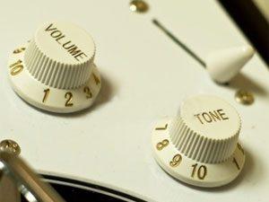 Comment utiliser les réglages de sa guitare électrique ?