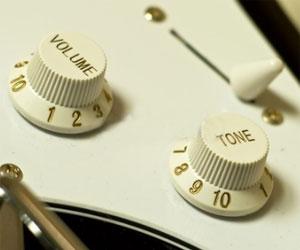 comment utiliser les r glages de sa guitare lectrique instinct guitare. Black Bedroom Furniture Sets. Home Design Ideas