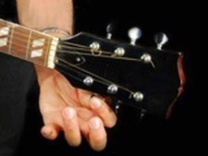 Pourquoi ma guitare se désaccorde ?