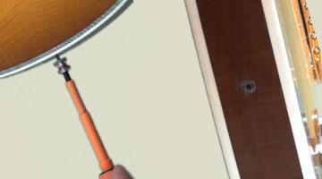 Enlever l'attache-courroie sur sa guitare